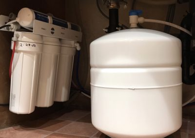 Reverse Osmosis Water Filtration System installed under sink 0013